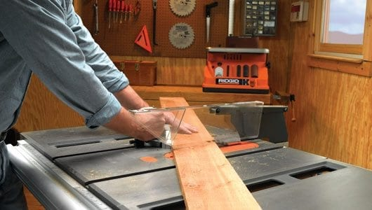 Tips for choosing and using a table saw pro construction - Mesa de corte madera ...