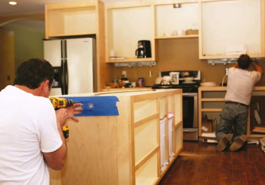 Guide to choosing kitchen cabinets pro construction guide for Gabinetes para cocina
