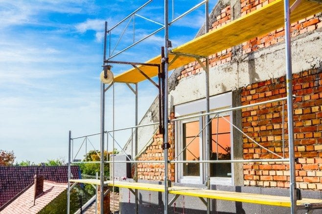 How to install frame scaffolding