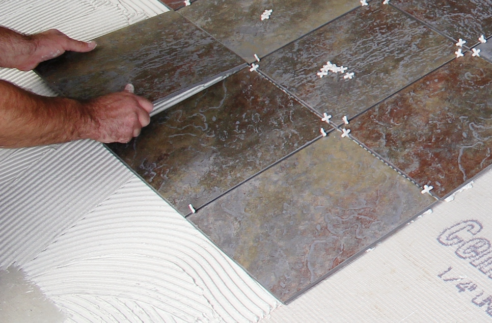 Thin porcelain floor tile