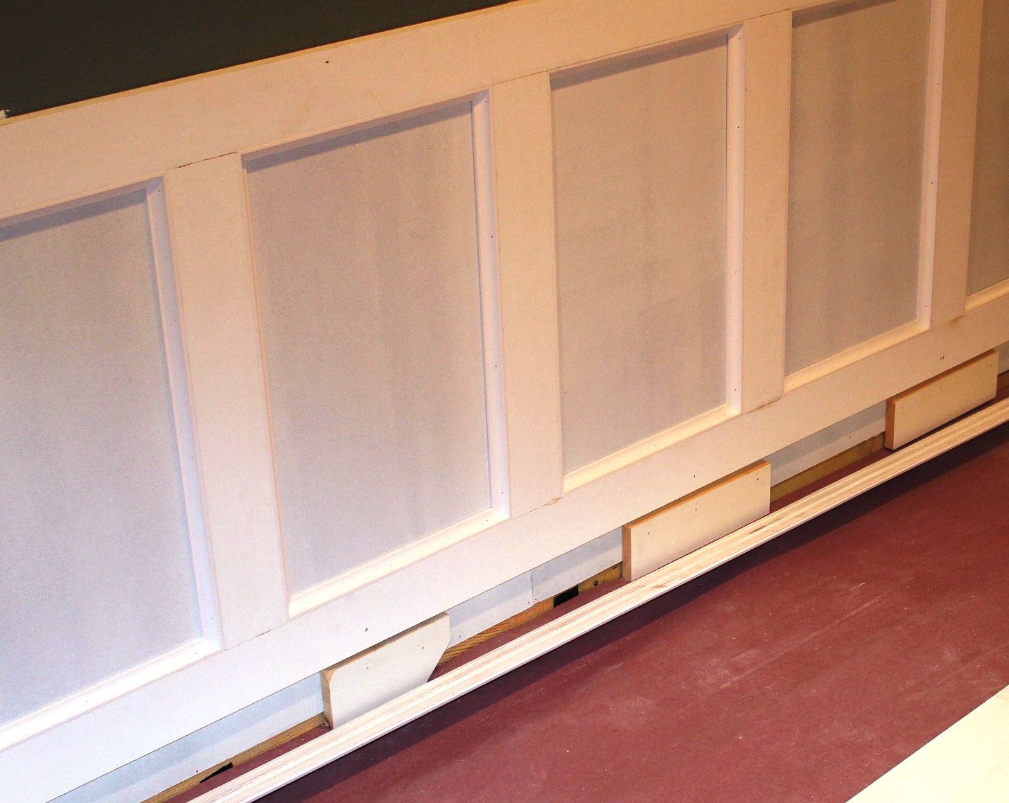 Wainscoting Boards: How To Install Wainscoting