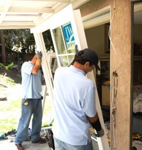 Cómo reemplazar las puertas corredizas de vidrio