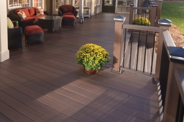 Decking That Looks Like Wood Without The Hassle Pro