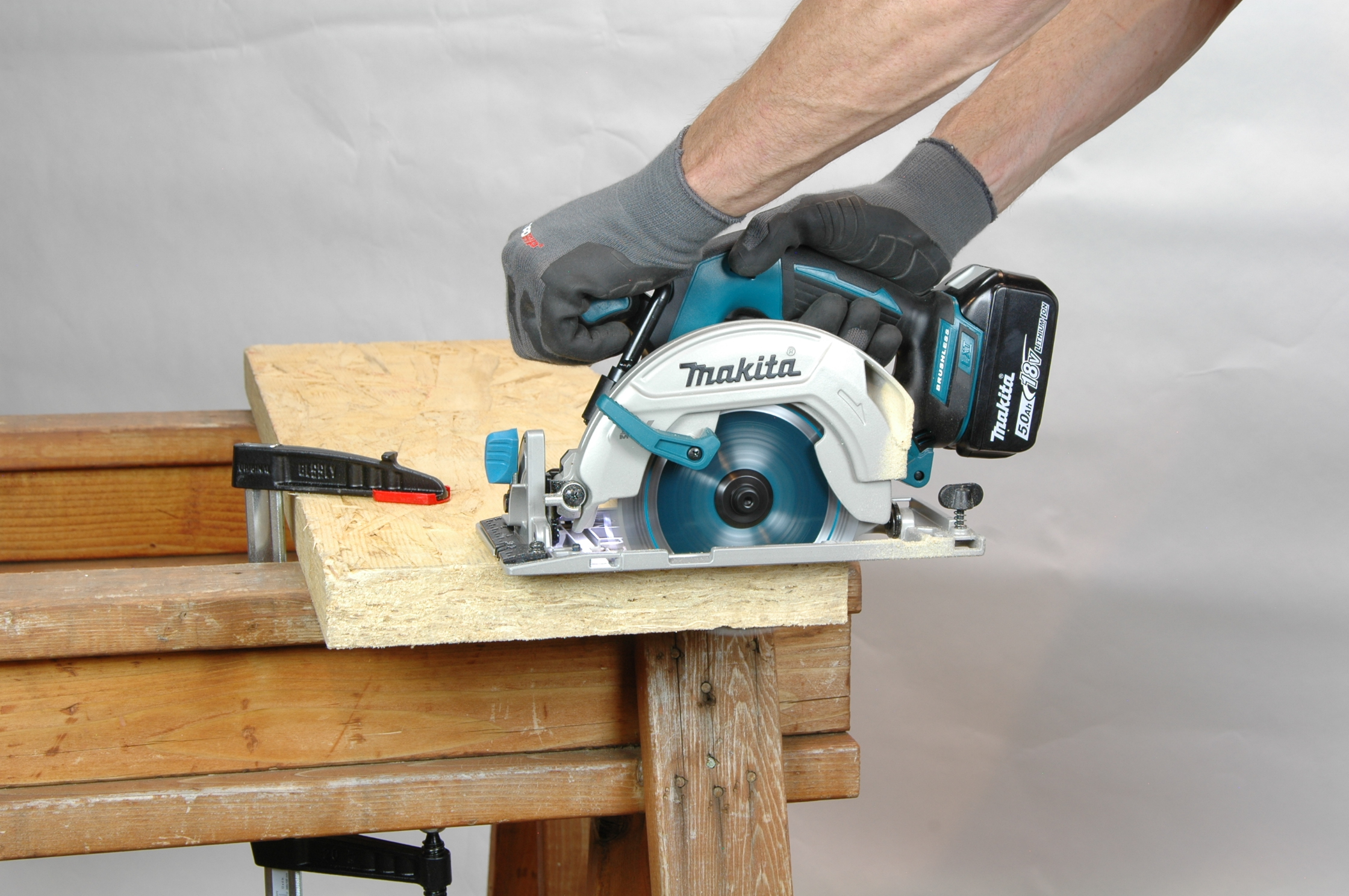 Power tool safety tips for circular saws