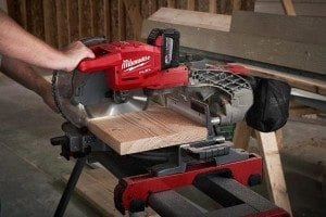 Milwaukee's cordless 10-inch sliding compound miter saw