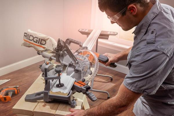 RIDGID introduces first cordless 18V dual bevel miter saw