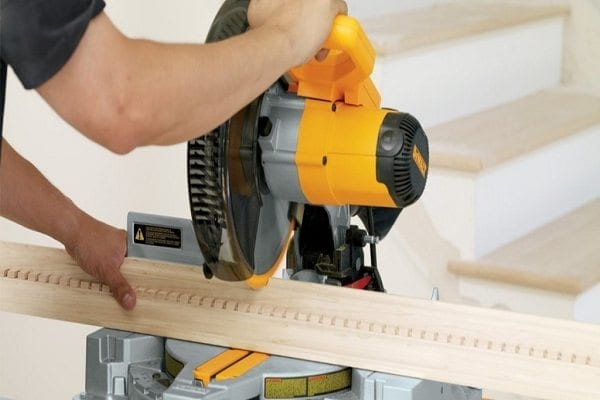 Cutting Precise Outside Crown Molding Corners