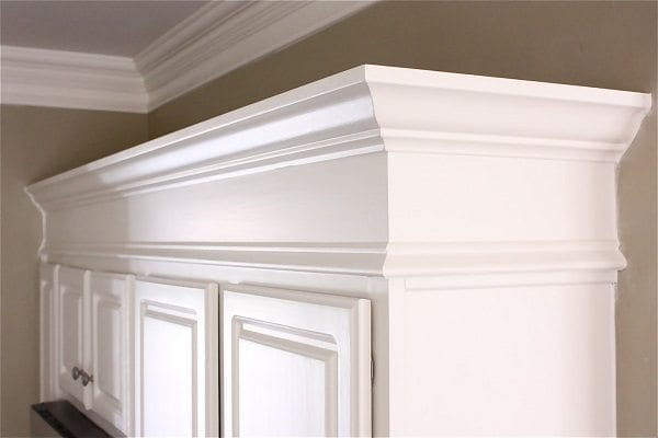 Unique ways to decorate with crown molding