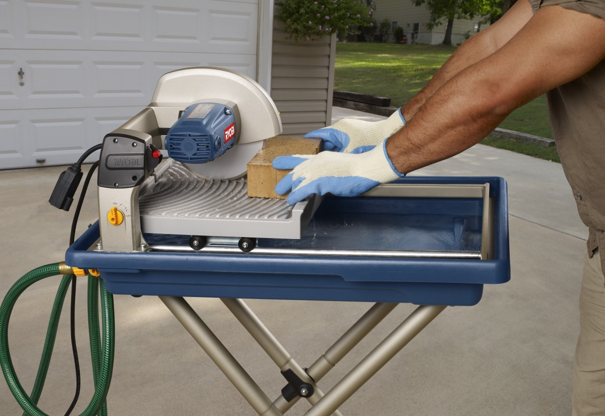 Tips for using a portable table saw