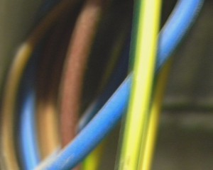 Electrical wiring mistakes: Overfilling electrical boxes
