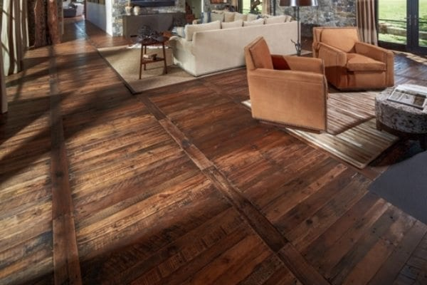 How to install rustic wood flooring pro construction guide - Parquet de madera natural ...