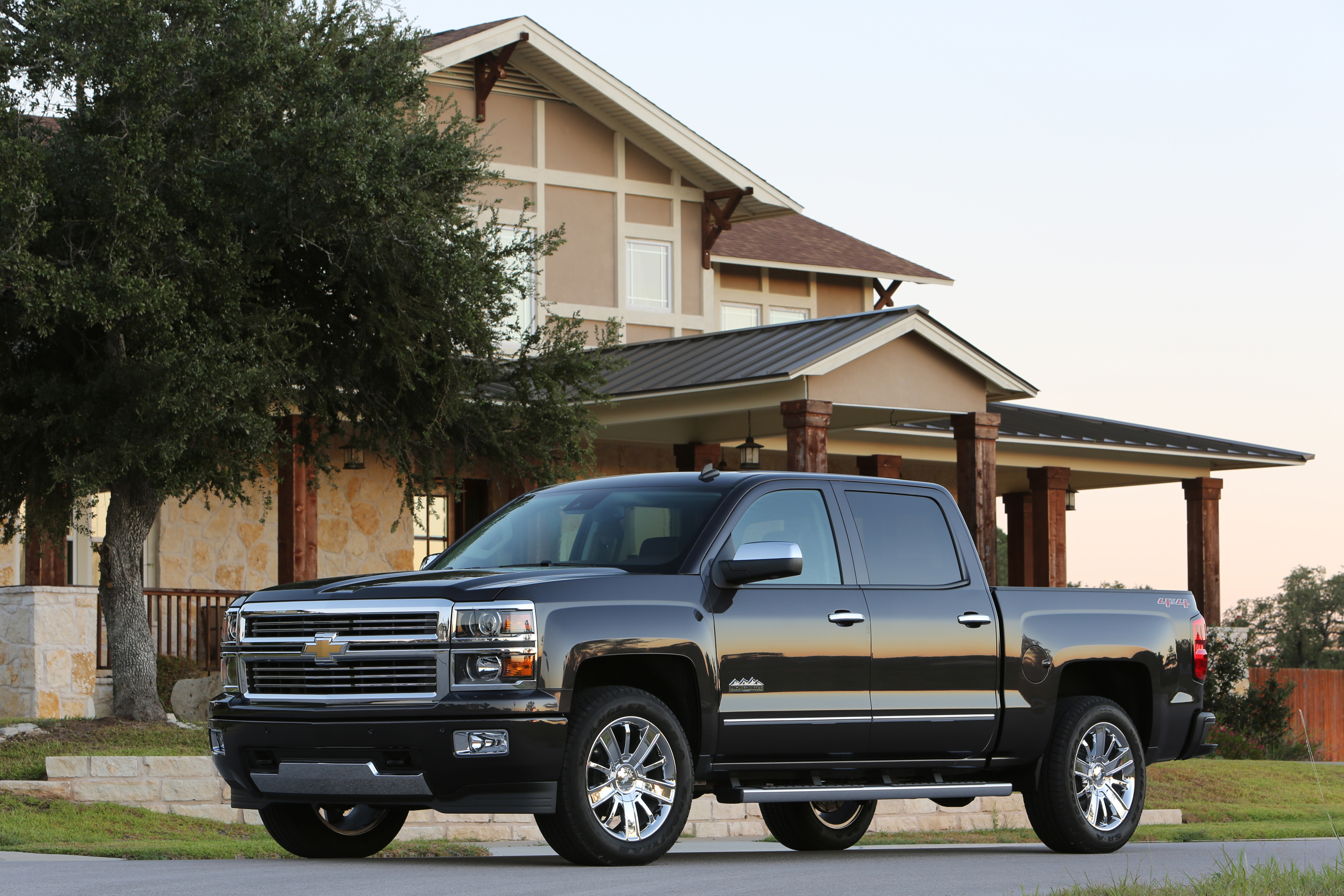 at chevy blog carfanatics rescue pickup silverado chevrolet woodward announces squad cruise dream truck fleet