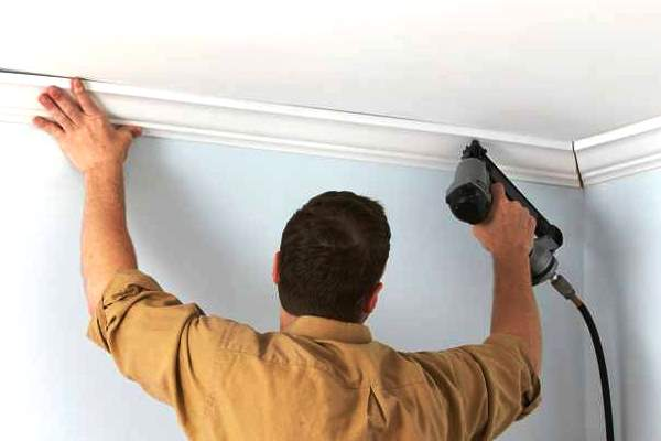 Crown molding: Coping vs mitering inside corners