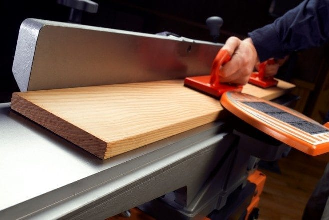 How to use a wood jointer