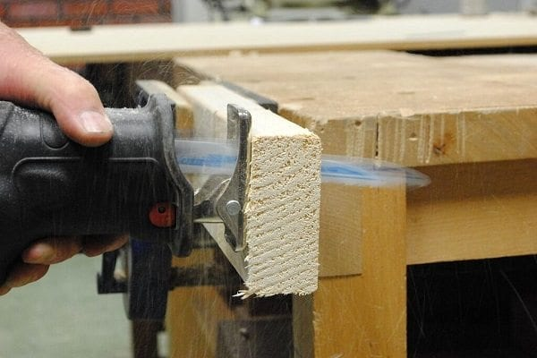Corded or cordless reciprocating saw: which is better?